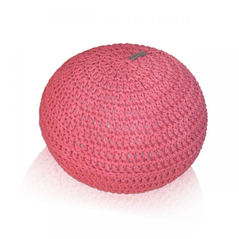 Różowa pufa dziergana dla dziewczynki