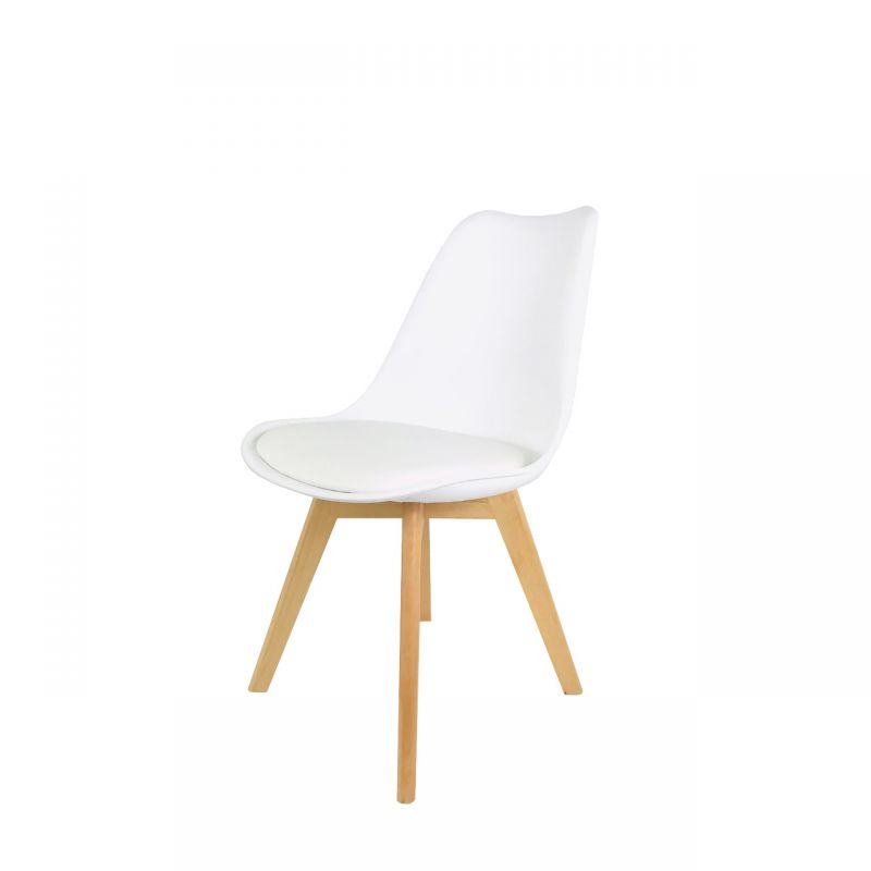 Białe krzesło z drewnianymi nogami skandynawskie