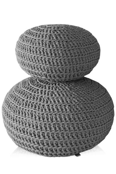 Pufy dziergane szare plecione ze sznurka - mała i duża