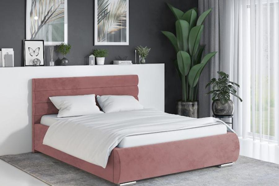 Jak stworzyć przytulną sypialnię - łóżko z tapicerowanym wezgłowiem, welur velvet